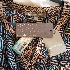 Daniel Rainn Tops - Daniel Rainn NEW 3/4 sleeve high low blouse